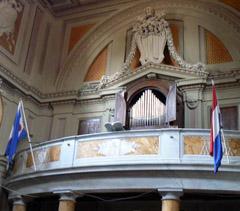 Kerk-van-de-Friezen-rome-vlaggen.jpg