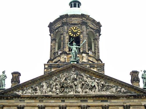 Amsterdam_koninklijk_paleis_1.JPG