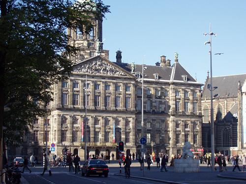 Amsterdam_koninklijk_paleis_6.JPG