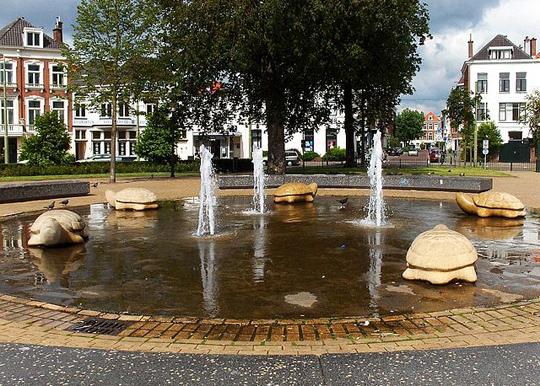 Den-haag_zeeheldenkwartier-Prins_Hendrikplein