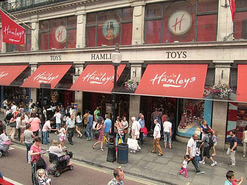 Londen_hamleys.jpg