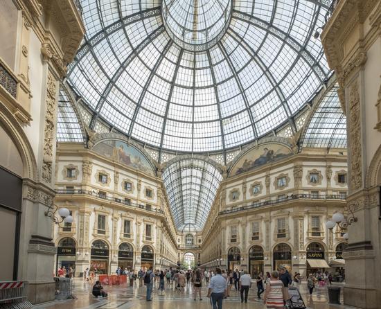 Milaan_Galleria_Vittorio_Emanuele_(8).jpg