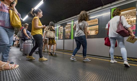 Milaan_Metro_(3).jpg