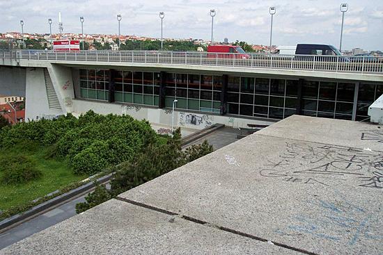 Praag_Vysehrad_metro.jpg