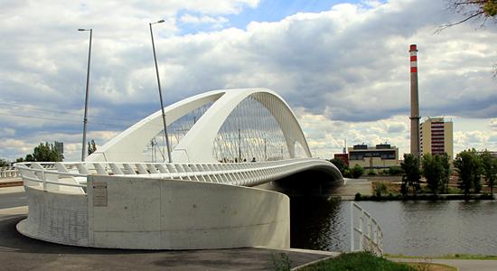 Praag_bruggen_in_praag_Troja_brug.jpg