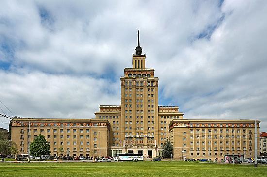 Praag_communistische_architectuur_1.jpg