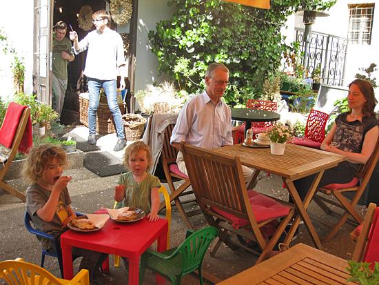 Praag_franciscanentuin_cafe_1.jpg