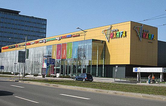 Praag_harfa_shopping_centre_3.jpg