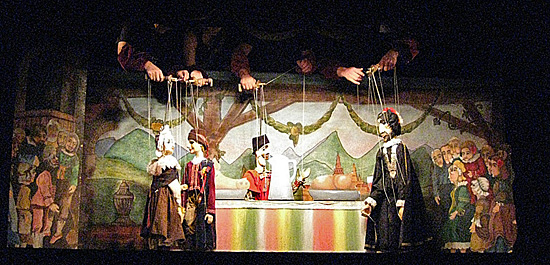 Praag_marionetten_theater_2.jpg