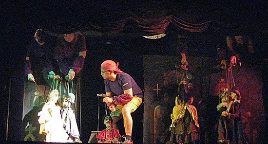 Praag_marionetten_theater_4.jpg