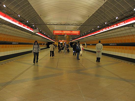 Praag_metro_bezienswaardigheid_2.jpg