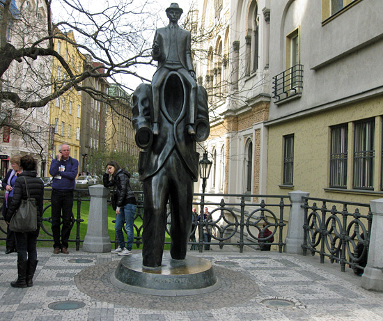 Praag_monument_kafka.jpg