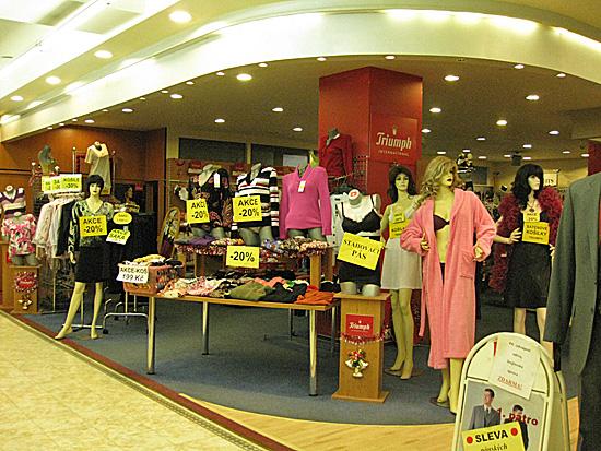 Praag_shoppen_tuzex.jpg