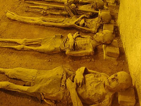 Praag_stadswandeling_brno_mummies.jpg