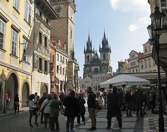 Praag_stadswandeling_oudestadsplein.jpg