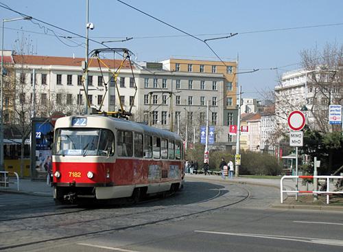 Praag_tatra_tram_5.JPG