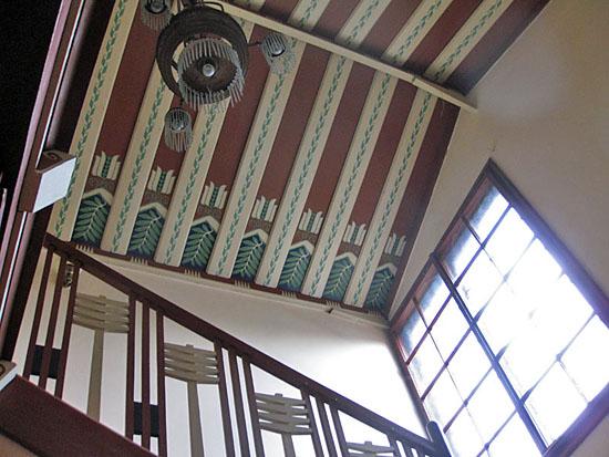 Praag_trmal_villa_praag_plafond_trappenhuis.jpg