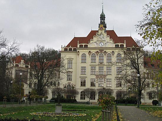 Praag_wijkkarlin_school.jpg
