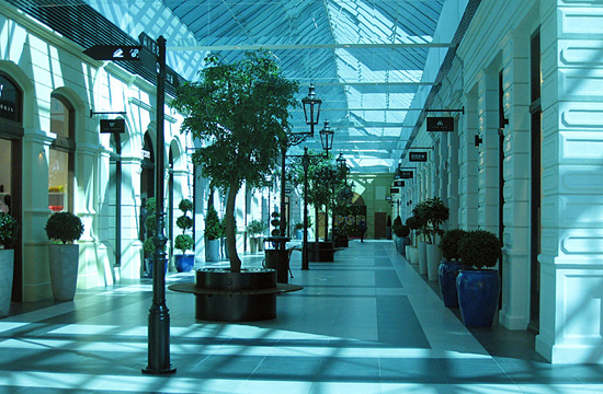 Praag_winkelcentrum_premium_outlet_prague_shopping.jpg