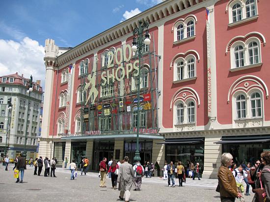 Praag_winkelopeningstijden_palladium.JPG