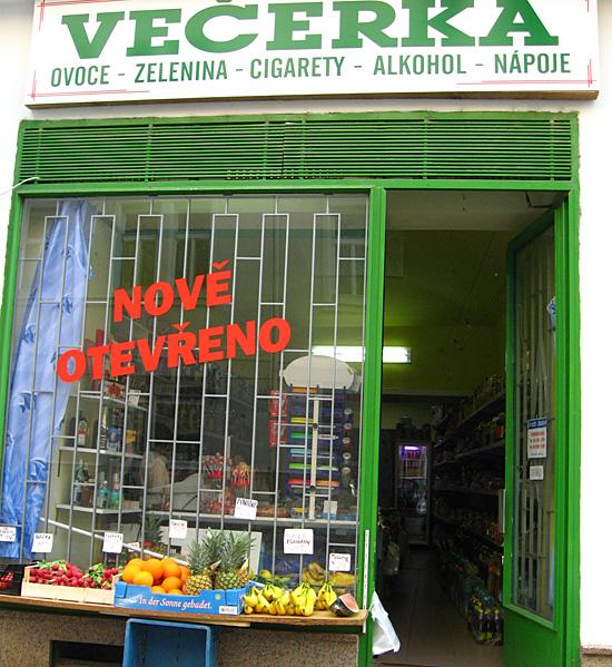 Praag_winkelopeningstijden_vecerka.JPG