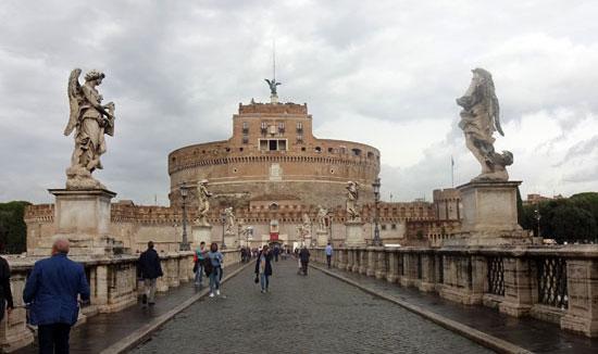 Rome_Engelenburcht-castel-sant-angelo