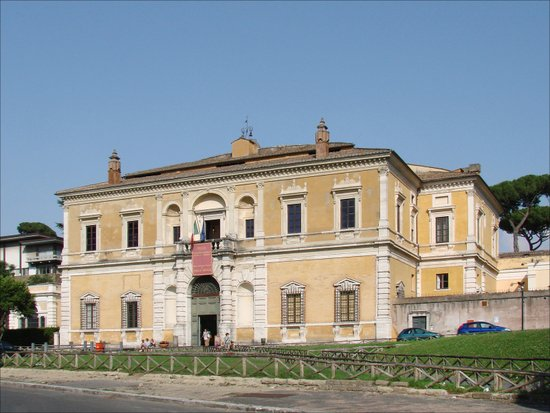Rome_Museo_Nazionale_Etrusco_di_Villa_Giulia.jpg