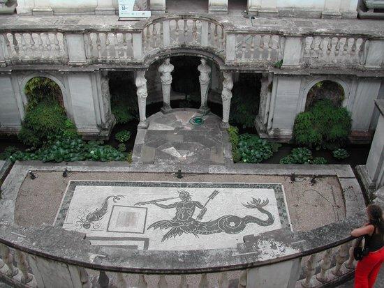 Rome_Museo_Nazionale_Etrusco_di_Villa_Giulia_2.jpg