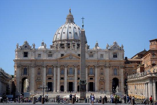 Sint Pietersbasiliek In Rome Rome Nu