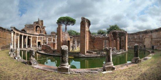 Rome_Villa_Adriana_Lazio_Tivoli2_tango7174.jpg