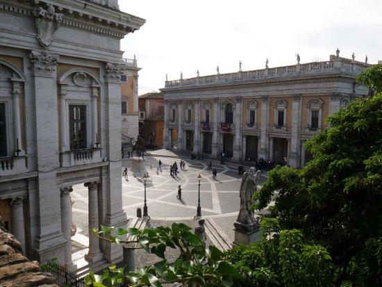 Rome_capitoline-hill-1156731.jpg