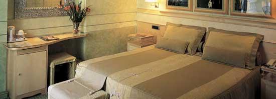 Rome_hotel-rome-1a.jpg