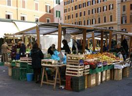 Rome_markt-mercato-di-piazza-di-san-cosimato.jpg