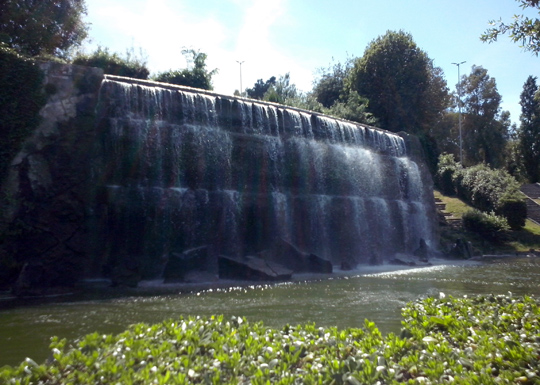 Rome_waterval-giardino-delle cascate-eur