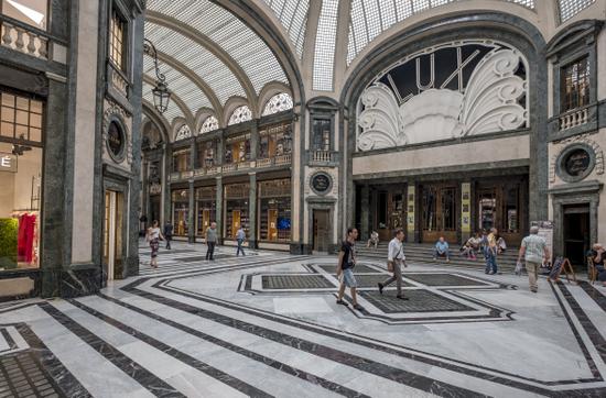 Turijn_Galleria_San_Federico_(2).jpg